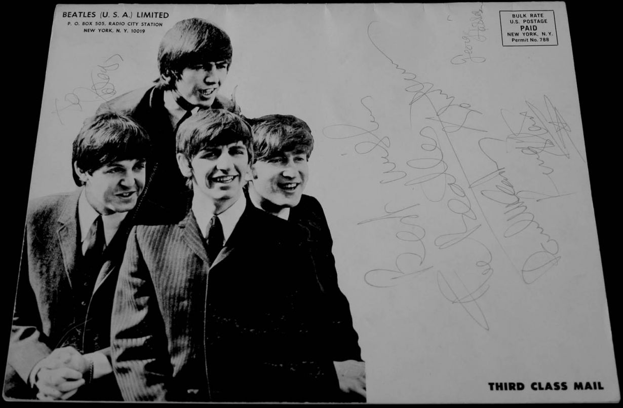 1964 Beatle Bulletin - Signed by the Fab Four.