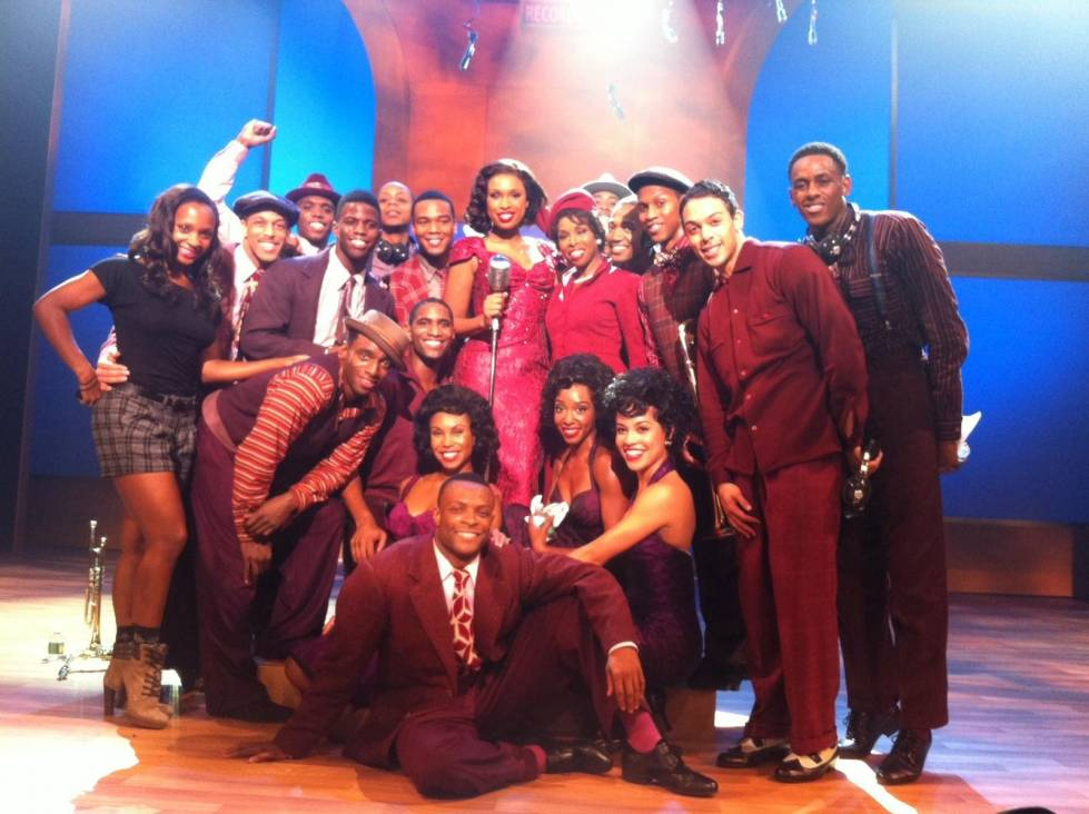 Brenda Braxton and Jennifer Hudson (center) with Smash dancers