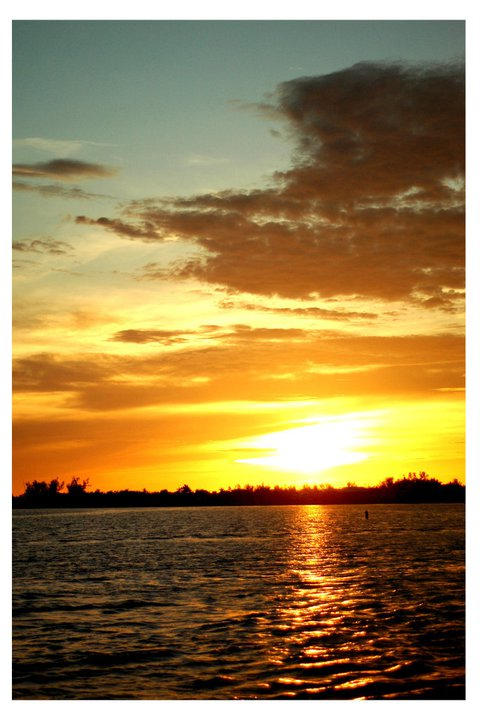 Cruise to see a beautiful sunset!