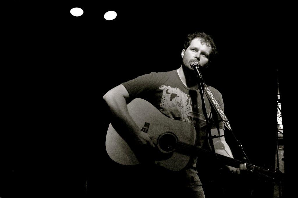Modern Folk Star Dan Coyle