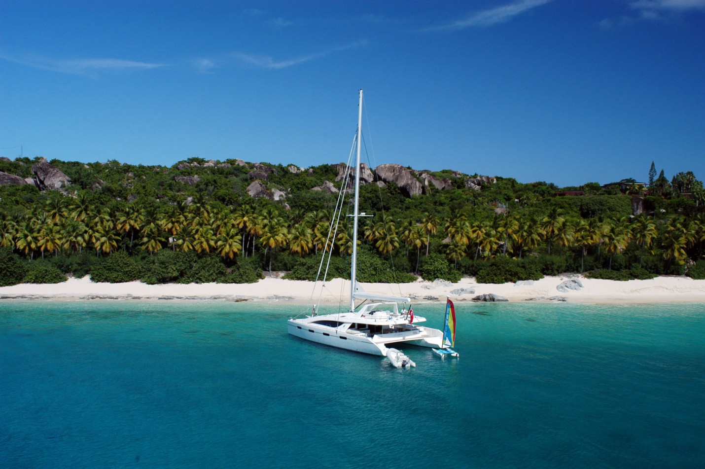 Yacht Zingara 76 Feet of Luxury & Comfort