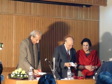 2013 - LtoR Mr OP Jain, Justice Tewatia and Meena ji at MultiBook Launch