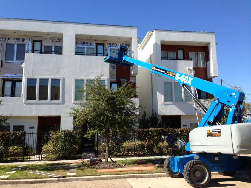 Houston Siding Company Save on Siding completes apartment complex siding job.