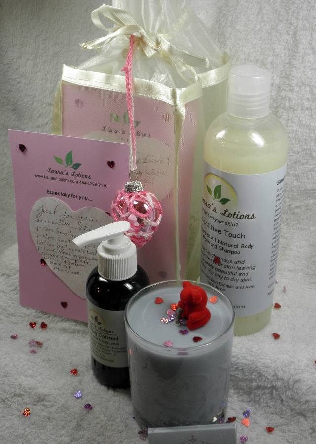 Laura's Lotions Romantic Spa All Natural Skin Care Gift Bag