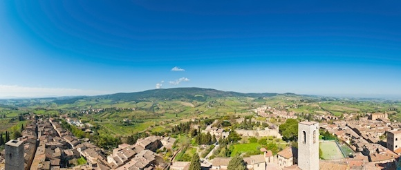 Bike Tour in Tuscany, Italy - The view over San Gimignano