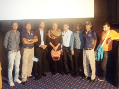 Star cast  with the Cinepolis Ahmedabad team