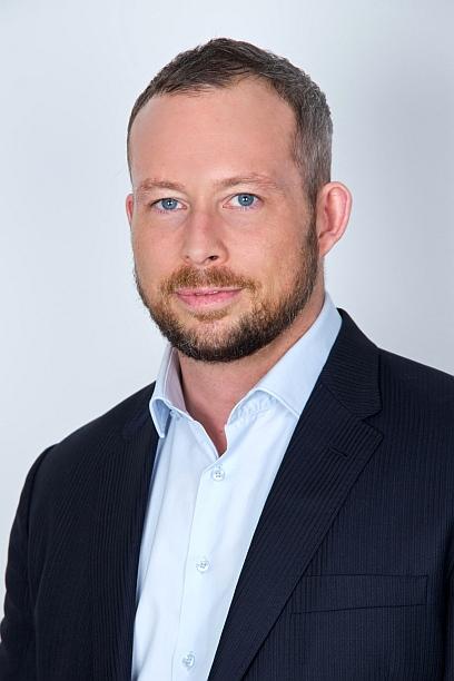 Simon Whitburn, VP International Sales at AccessDa