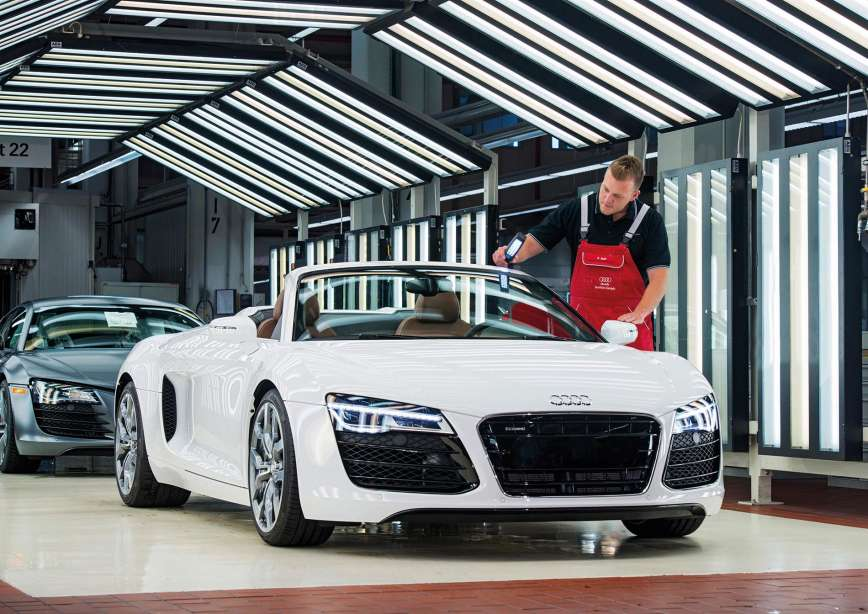 Audi location Neckarsulm, Germany_R8 Finish