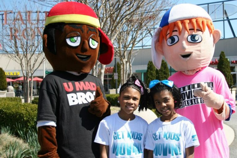 Chi Chi Monet and her sister Zoe with Beans and Frank