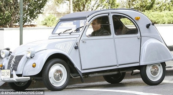 Citroen 2cv Used In Jerry Seinfeld Internet Show Rebuilt By Eurocar