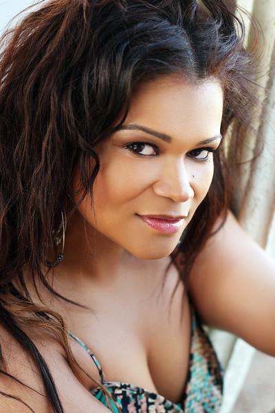 Plus Model Christina Mendez