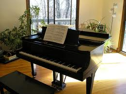 Piano on the Right-Side of the Brain