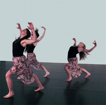 MM2 Modern Dance - THREE