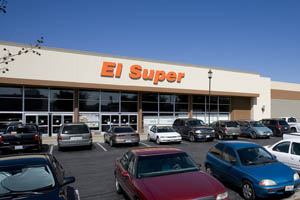 El Super Grocery Center in Pomona