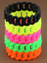silicone_chain_link_bracelet_wristband_bangle_twis