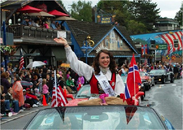 Makenzie Moody in Viking Fest Parade on May 18, 2013
