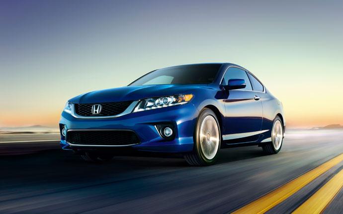 The 2013 honda accord and civic named best sedans for for 2013 honda civic kbb