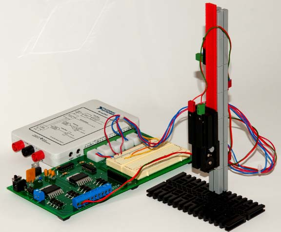 mySTEM Board with NI myDAQ