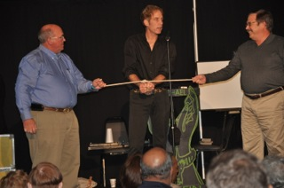 magician michael griffin cracks up audience with escape from Houdini rope tie