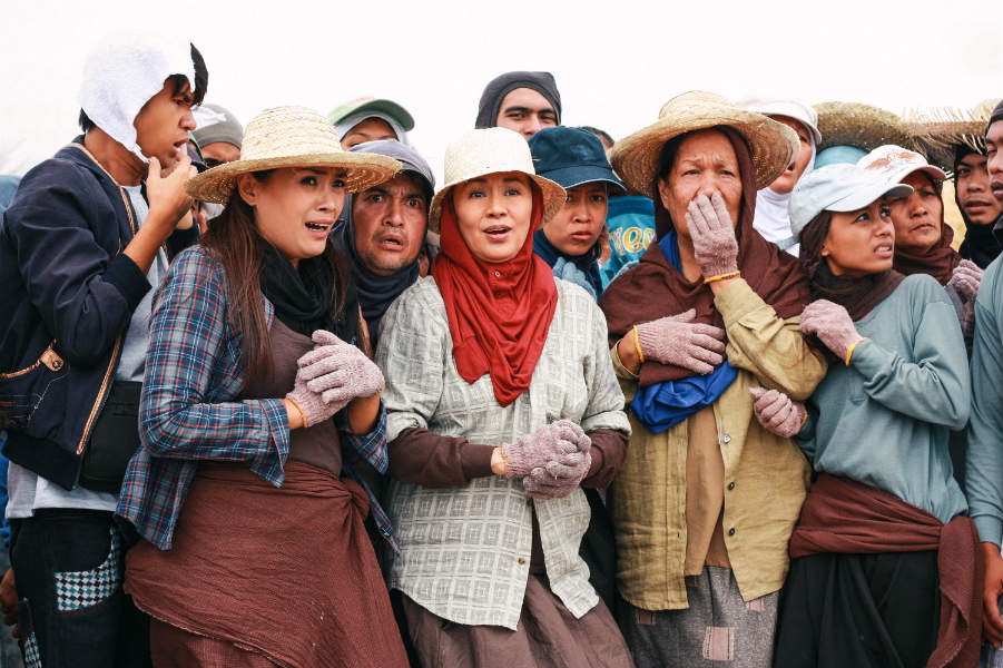 """The Philippine film and television industry gets satirized in """"Ekstra""""."""