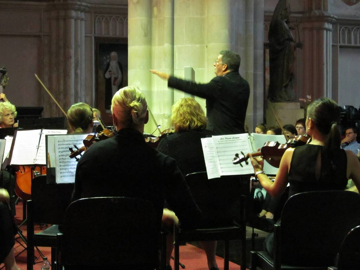 LKNO members in Vienna - Eduardo Cedeno, Conductor