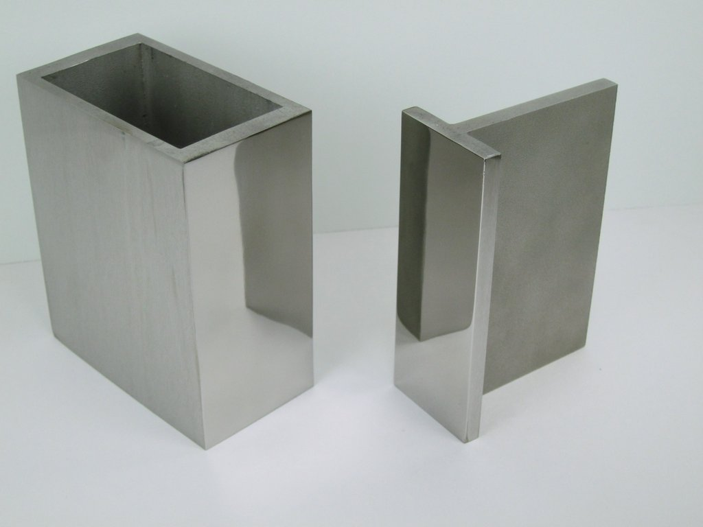 Polished Sharp Corner Stainless