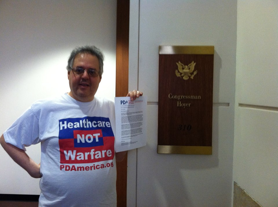 Mike Hersh delivers Letter to Rep. Steny Hoyer's Office