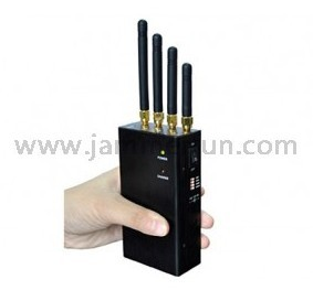 Cell phone jammer Mo. - 'Eternal Sunshine' director Michel Gondry makes iPhone film