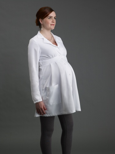 Trends 2017 fashion india - Doc Momma Designs Lab Coats For Pregnant Doctors Doc