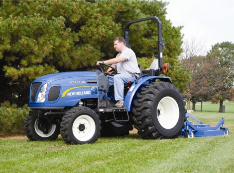 Lewis Construction Equipment stock the New Holland Boomer 30 compact tractor