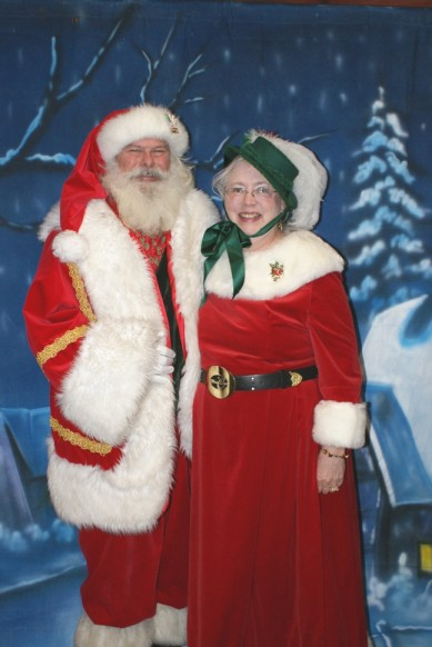 Santa and Mrs Claus for Tinsel & Treasures in Knoxville