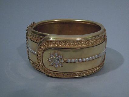 victorian english 18 kt gold cuff circa 1880