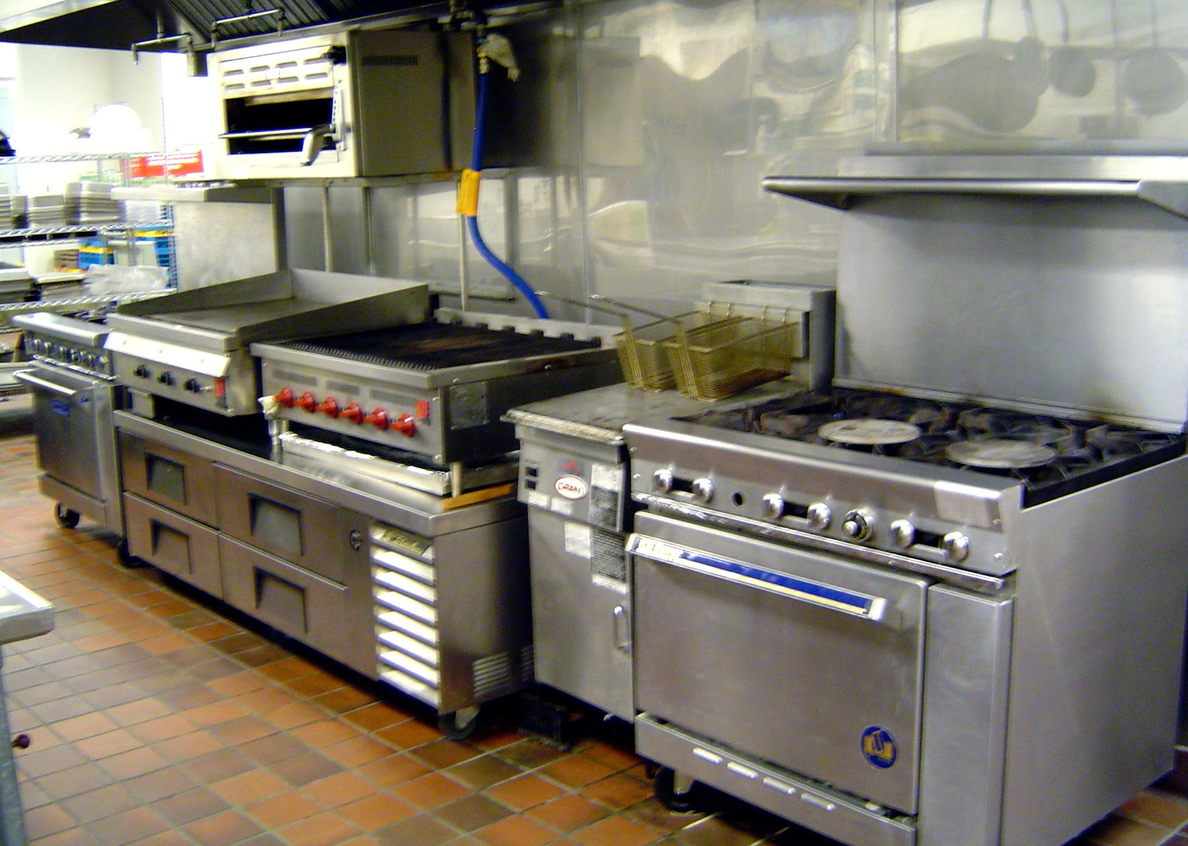 Restaurant Kitchen Equipment Layout small restaurant kitchen layout ~ picgit