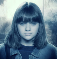 Joey King as Ivy O'Connor