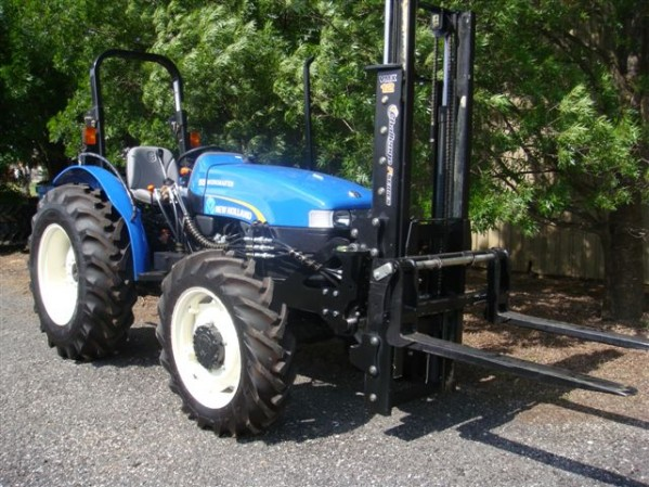 Lewis Ag & Construction stock a wide range of New Holland agricultural machinery