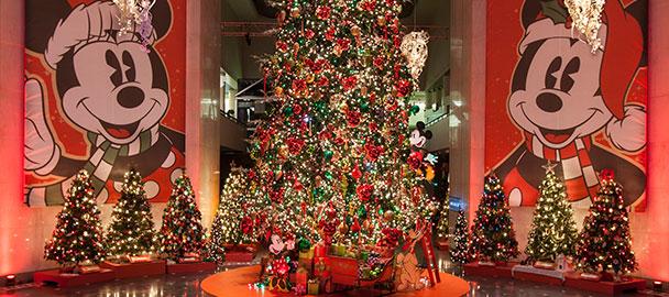 Christmas Around the World and Holidays of Light
