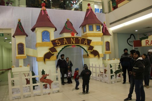2013 - Santa Castle during Winter Carnival at Alph