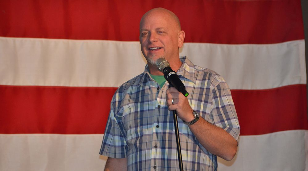 Don Barnhart Entertains The Troops