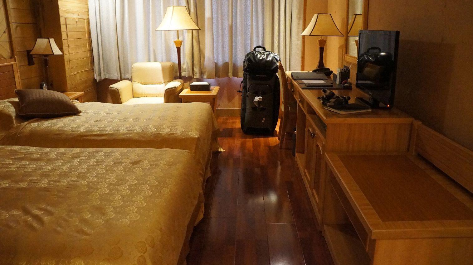Masik Pass Hotel Room