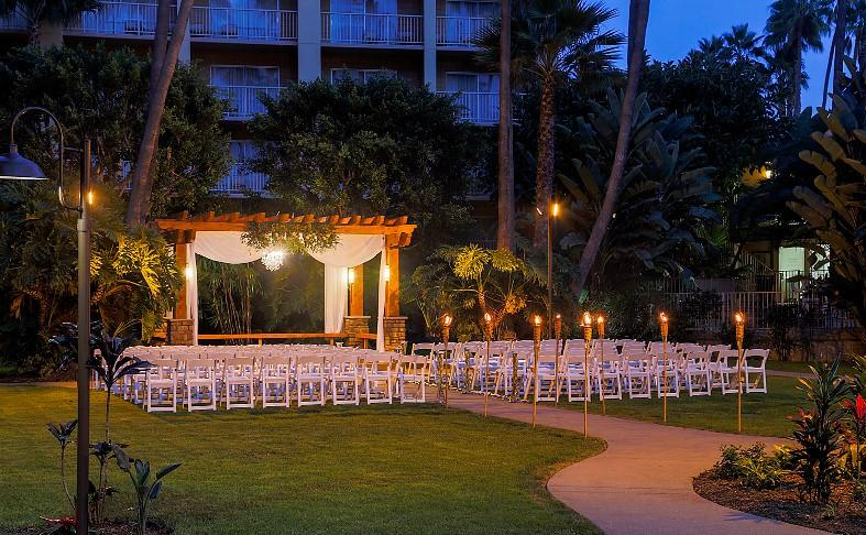 Wedding Wire Couples' Choice Award for 2014 - Crowne Plaza Hanalei in San Diego