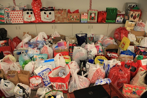 Experient's Holiday Unwrap Donations to LYDIA House