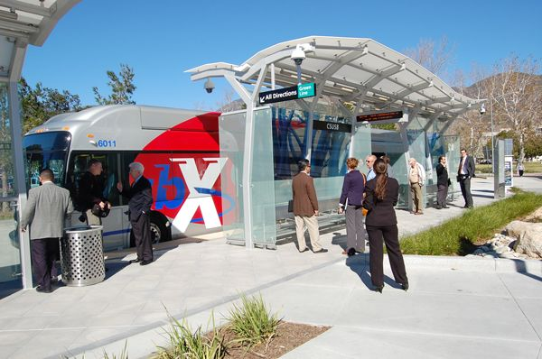 An sbX BRT vehicle at the new Cal State San Bernardino Platform