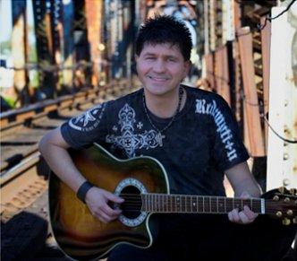 Michael Lynne Premier Recording Artist