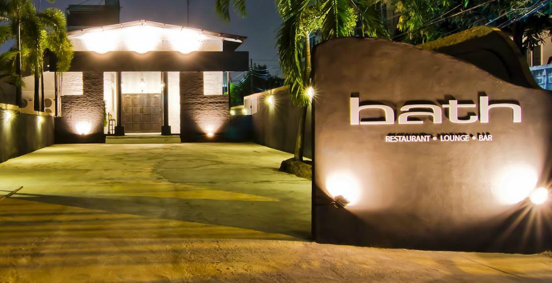 Bath restaurant and Bar Sukhumvit Soi 16 Bangkok