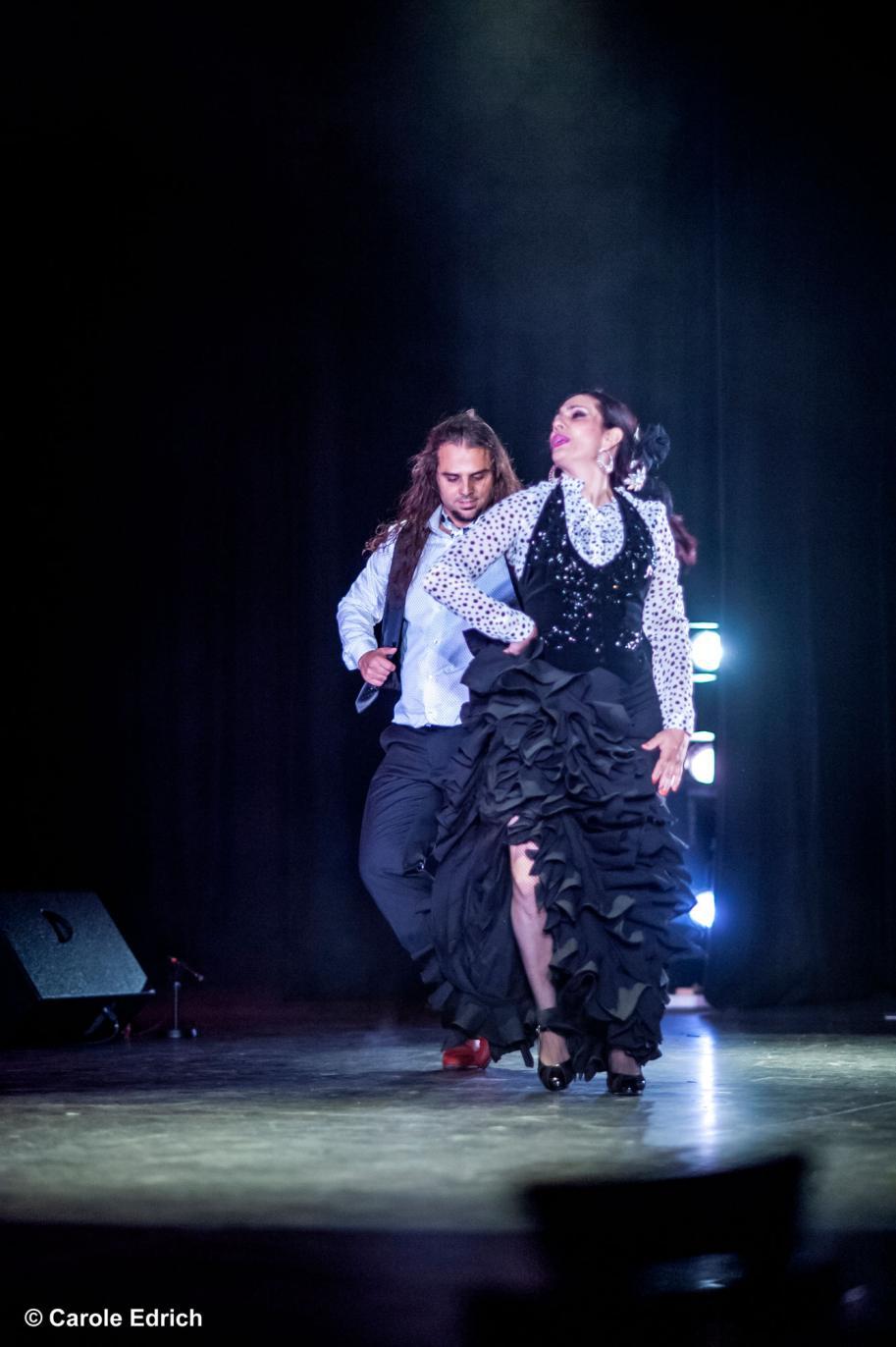 Dos Ramas Jairo Barrull and Manuela Vargas