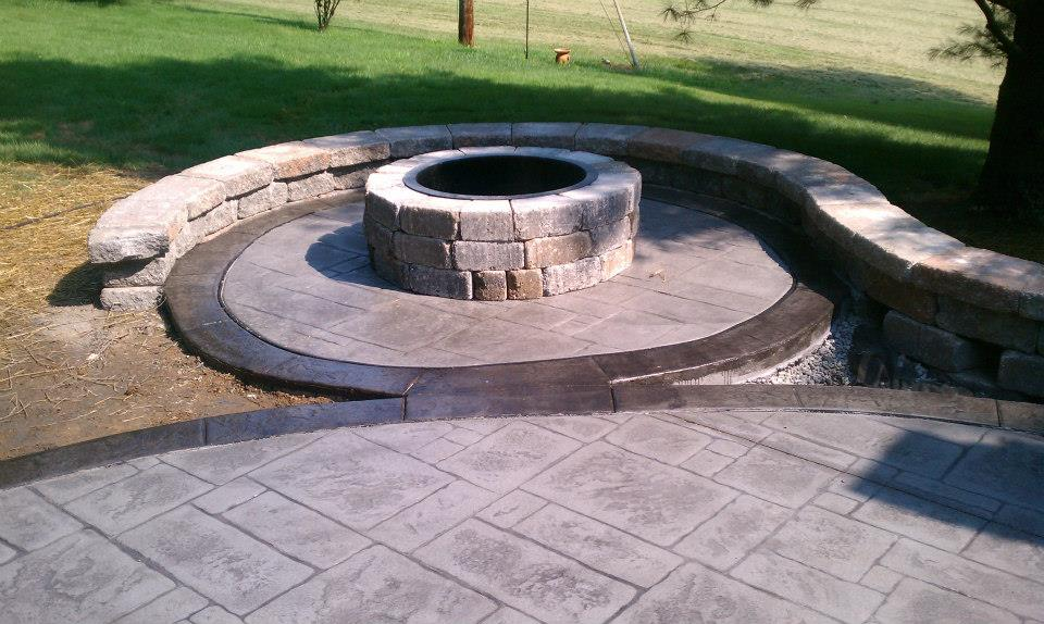fire pit with stamped concrete patio, Ladue MO by Jeffrey Curtis of T & H
