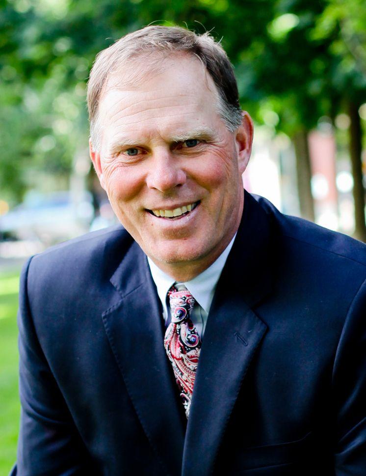 Grant Putnam Auctioneer