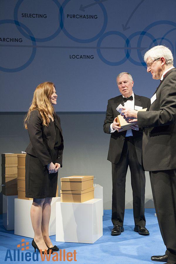 Nina Hülsken, VP Relationship Management of Allied Wallet, accepts MPE Award.