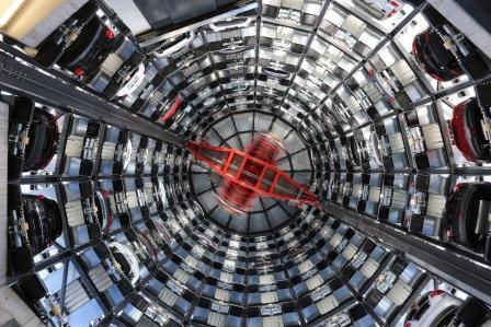 Skyline Parking Presents Conveyor Belt Parking Technology