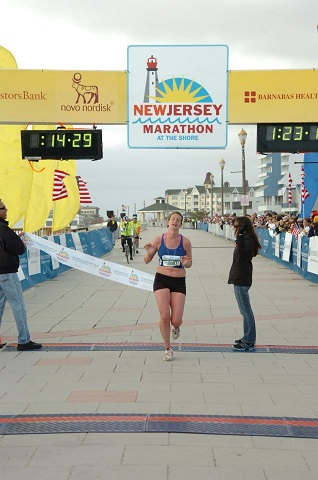 Erin Reddan women's half winner-LO